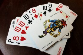 Free Poker Games Online – Factors To Consider For Total Experience